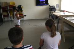 1viesojoje bibliotekoje edukacines popietes su virtualios realybes akiniais
