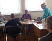 Viešojoje bibliotekoje vyko aštuntasis skaitymo ir dailės terapijos edukacinis užsiėmimas neįgaliesiems