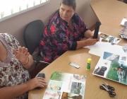 Viešojoje bibliotekoje vyko aštuntasis skaitymo ir dailės terapijos edukacinis užsiėmimas neįgaliesiems1